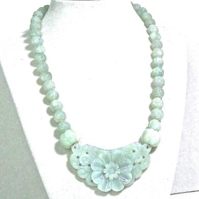 C3841 3 jade flower, carved jade necklace