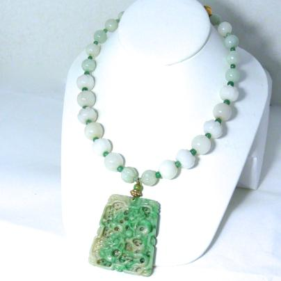 C3880  3 jade dragon, lotus, jade necklace