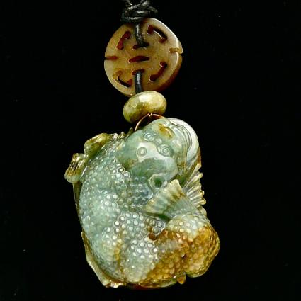 C3308 -3 green jade three-legged toad pendant necklace