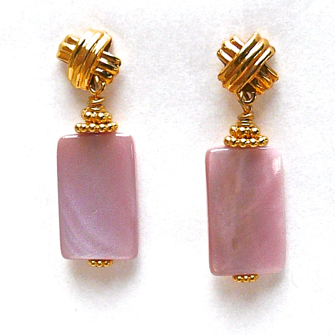 ce2763 pink mother of pearl drop earrings